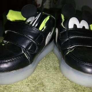 Sepatu Led