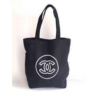 New Auth Chanel Gift Totebag
