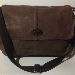 Fossil Massanger Authentic