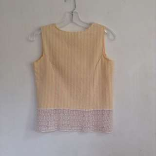 💖 Korean sleeveless with lace detail 💖 Free size, best fits XS- small 💖 200 pesos