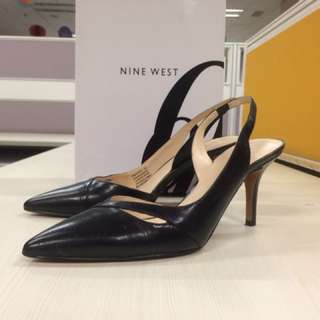 Nine West black shoes
