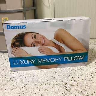 Domus luxury memory pillow new