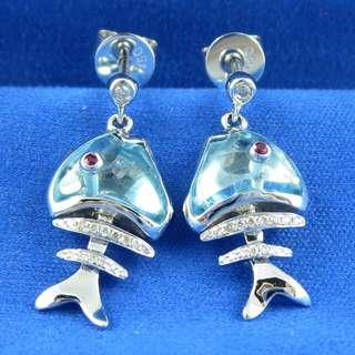 KALVION 18K/750 白色黃金鑽石耳環 ‧ 藍色黃晶/小魚骨
