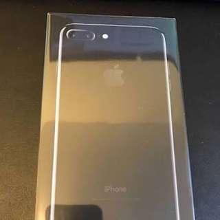 I phone 7 plus jet black 128 gb