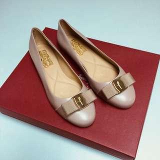 Ferragamo經典款7碼女裝平底鞋