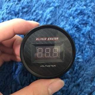 Klnik Scooter Voltmeter
