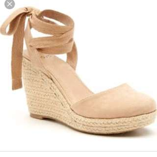 BNEW NOVO BRIELLE LACE UP ESPADRILLE WEDGE HEELS SANDALS 5.5 6