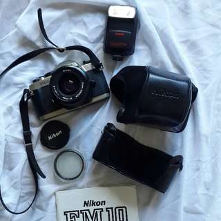 Camera NIKON FM10 - full spec