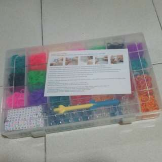 (NEW) Rainbow loom set