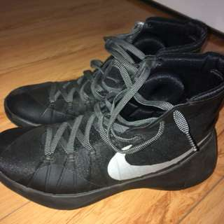 All black 2015 Hyperdunks