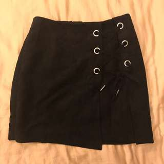 BRAND NEW H&M Suede Skirt