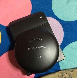Mac foundation powder