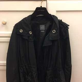 Armani Exchange黑色風衣