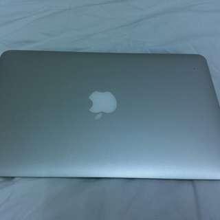 Apple Macbook Air 11in