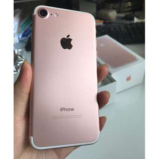Iphone 7 , 128GB, Rose Gold, in almost perfect new condition.