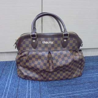 AUTHENTIC LOUIS VUITTON TREVI , IN GM SIZE - WITHOUT STRAP