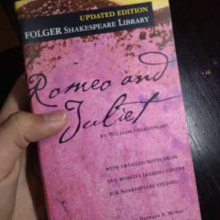 Romeo and Juliet by Shakespeare (Updated Edition)