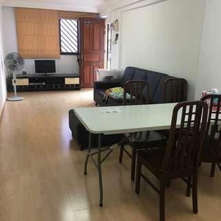 CORNER + Utility Room 3I blk 4 Ghim moh Road