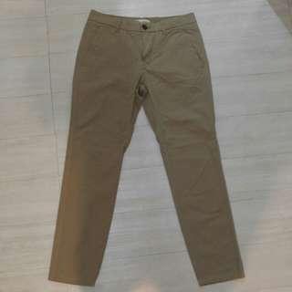新褲ㄧ條31ㄧ32腰