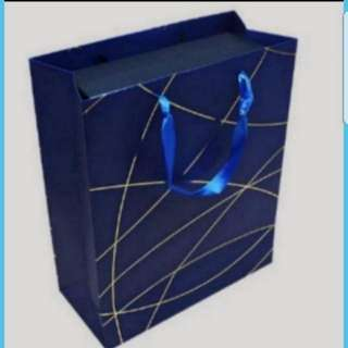 Instock Fancy Paper Carrier Bag For Gift Goodie Bag Size M  18 × 8.5 × 25cm