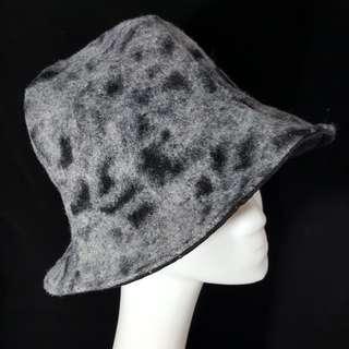 🚚 手作 毛呢造型四片帽 頭圍58 修飾肉肉臉極佳
