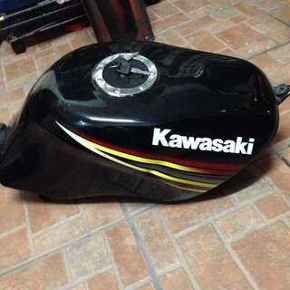 Tank kawasaki RR