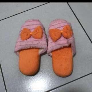🚚 保暖室內拖鞋免運