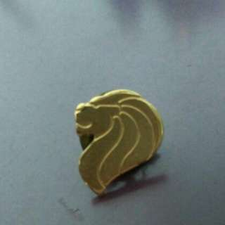 Vintage Singaporean collar pins from the 80s