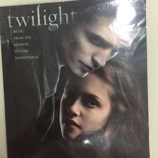 Twilight: Easy piano music book from motion picture