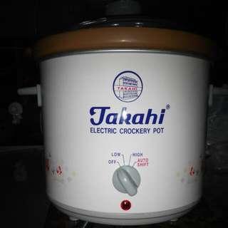 3.5 LitresTakahi Electric Crockery Pot