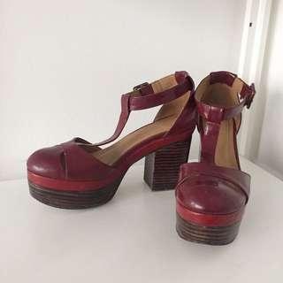 Retro red block heel platform shoes