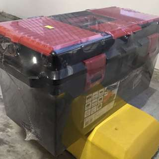 Toolbox for car or hardware / tools