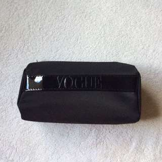 VOGUE MAKEUP BAG