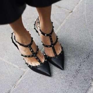 V*lentino Rocked Studded Black Heels (matte finish)