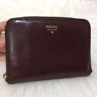 Original Preloved Fossil short wallet espresso with deffect