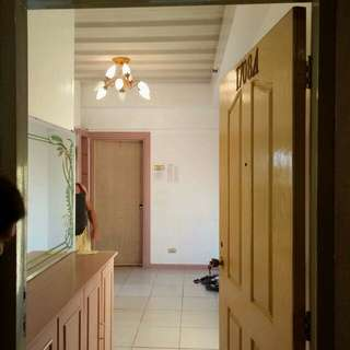 Condo for sale (QUEZON CITY)