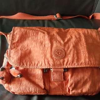 Kipling 手袋 , (100% real 90%新)