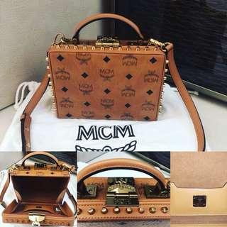 🤩MCM BOX CROSSBODY BAG