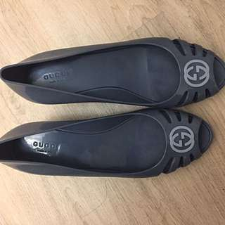Real GUCCi shoes//Like NEW// size 40