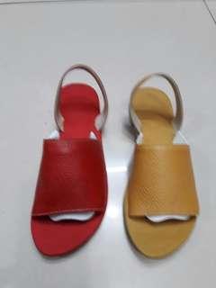 Sandal wanit