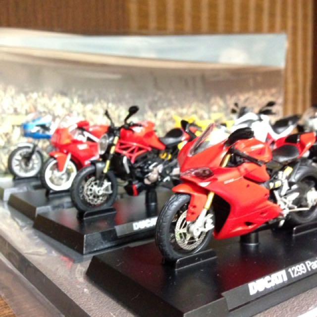711 模型車 重機模型車 Ducati 杜卡迪系列 8 台