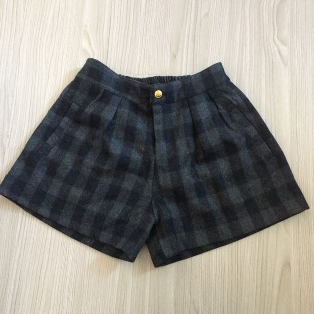 格紋保暖短褲