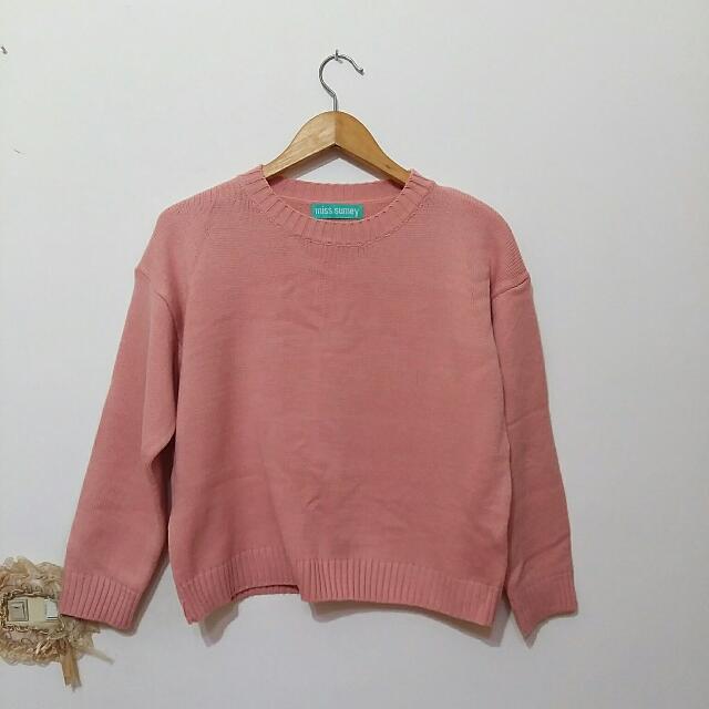 粉紅針織上衣