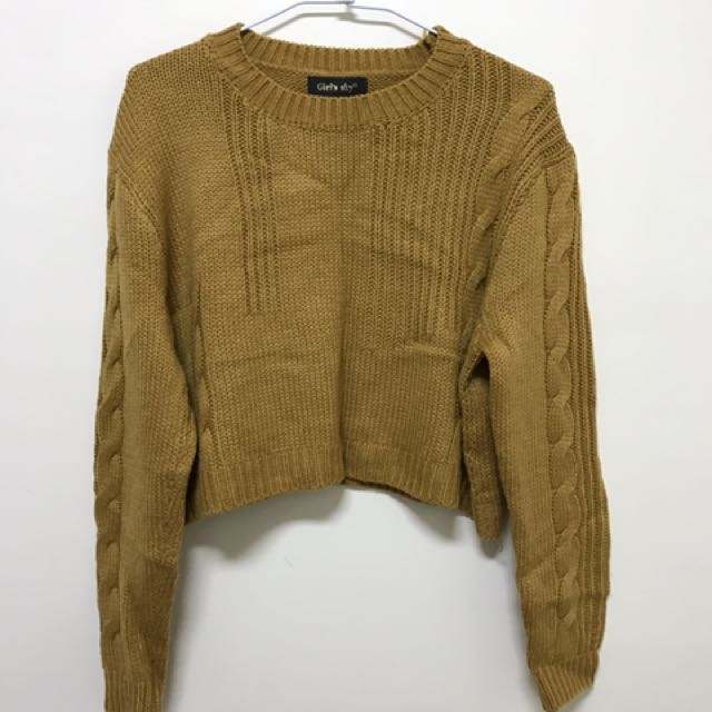土黃色短版毛衣