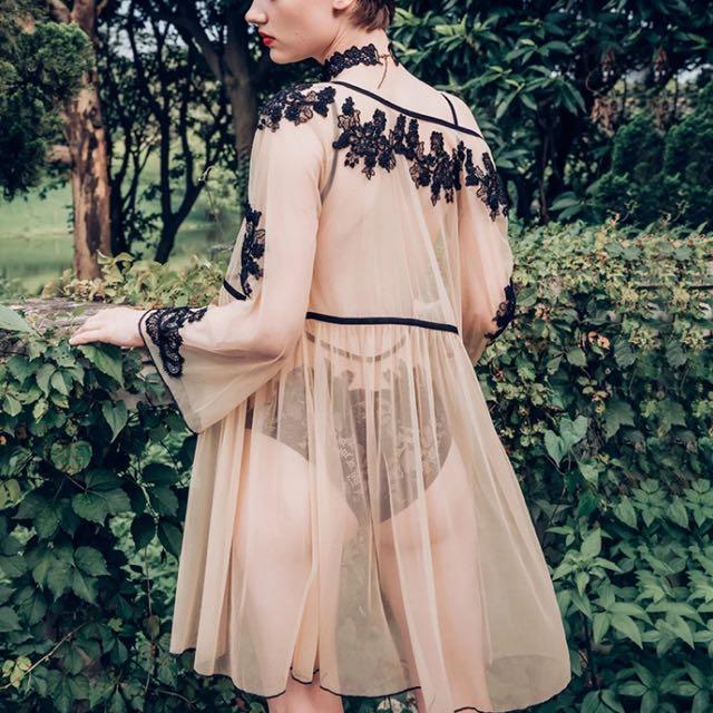 輕奢精品⚜️透膚網紗蕾絲刺繡睡袍