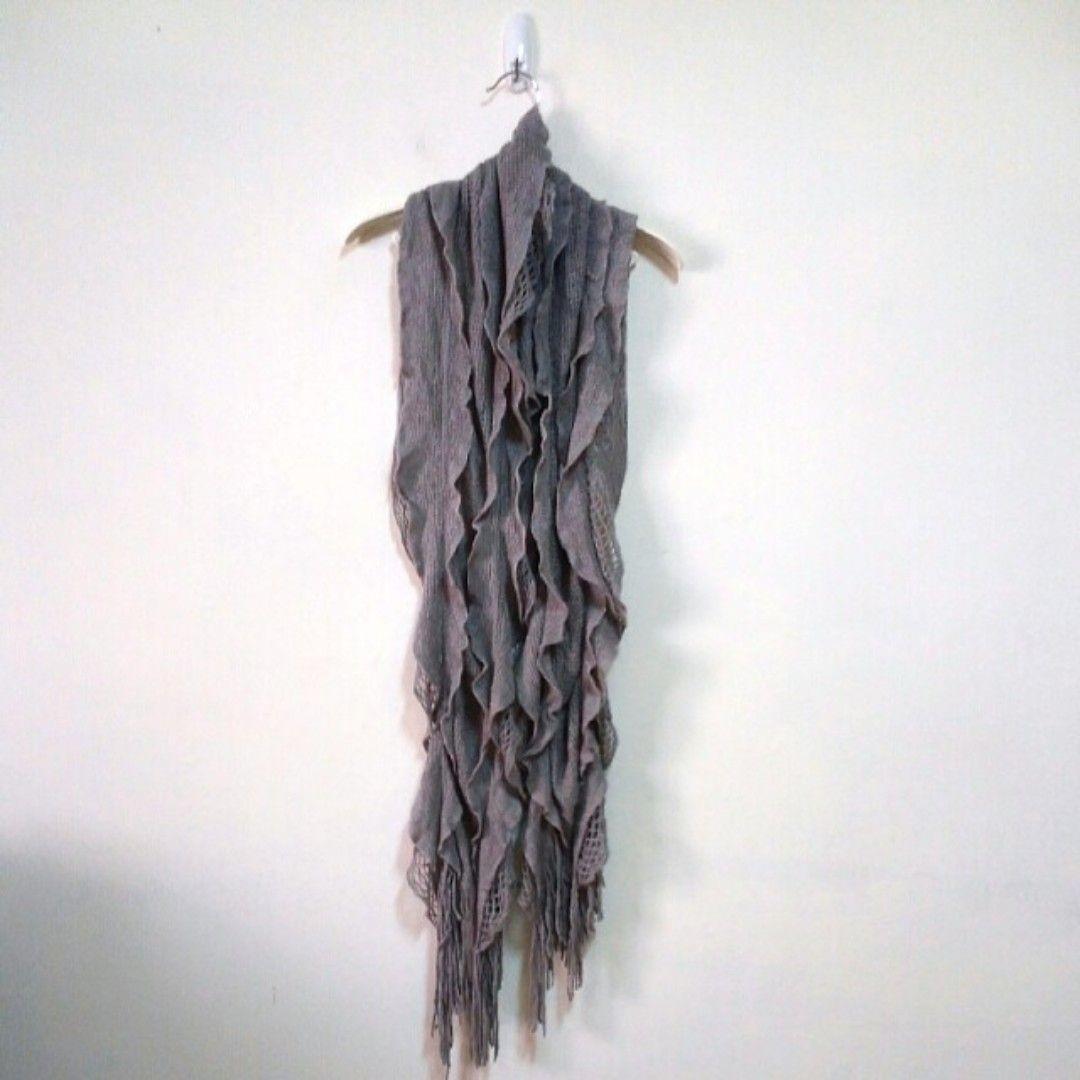 鏤空鉤織波浪擺針織圍巾
