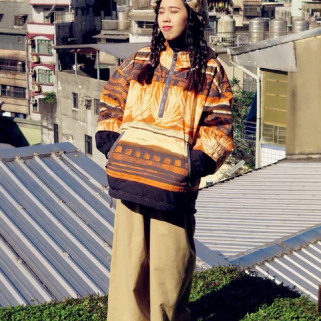 日本 民俗風 鋪棉防風 半開連帽上衣