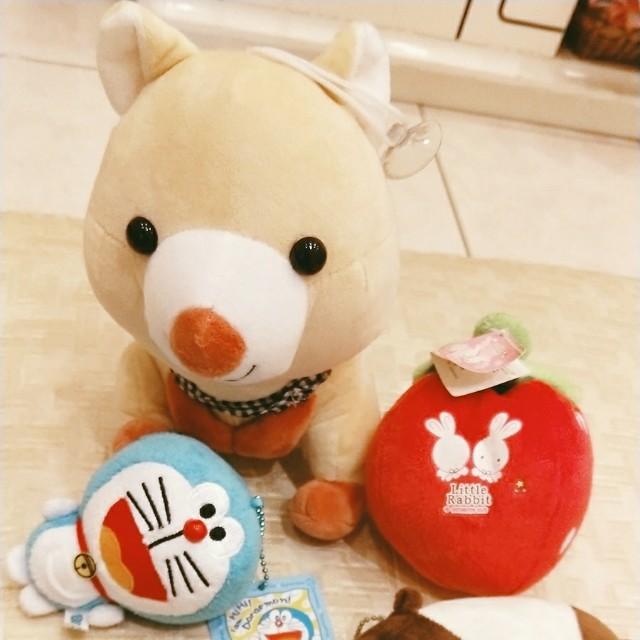 哆啦a夢 +草莓 +松鼠娃娃+馬來貘