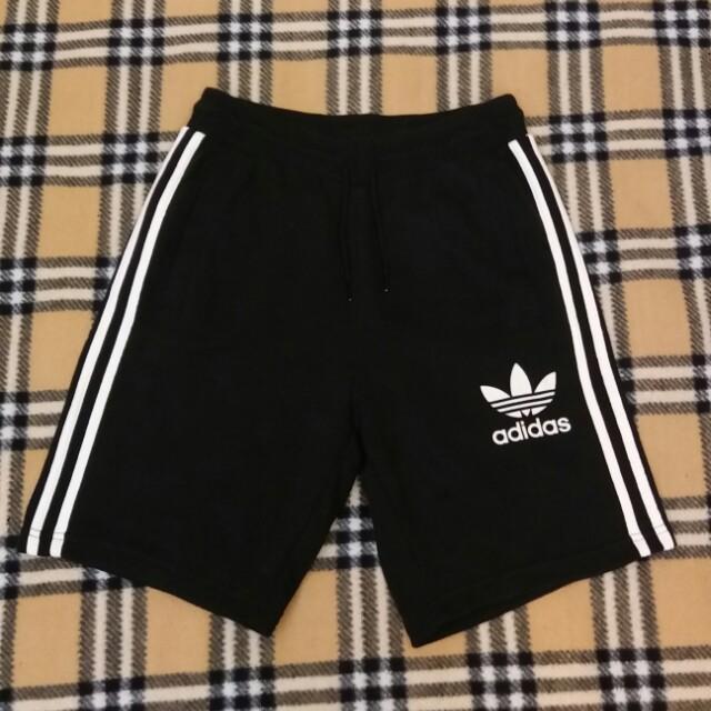Adidas original 短褲
