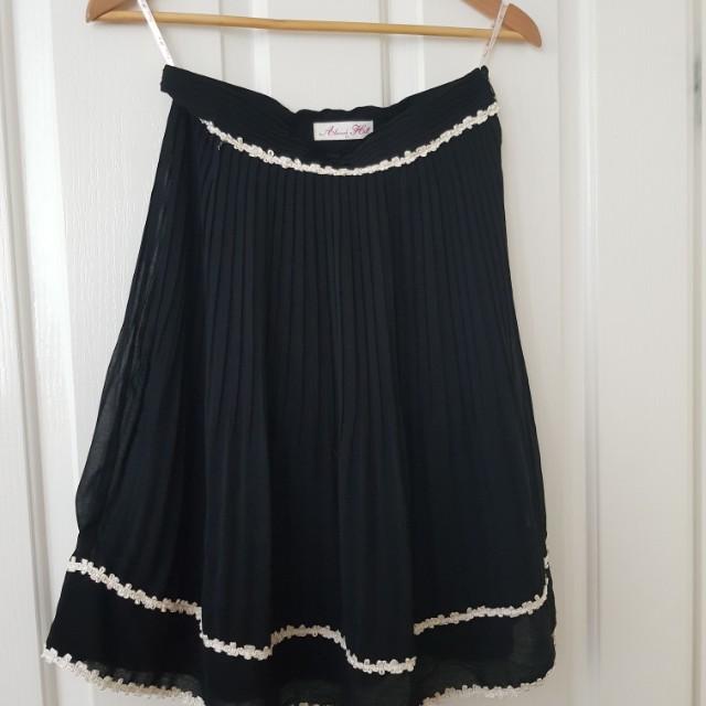 Alannah Hill skirt size 10